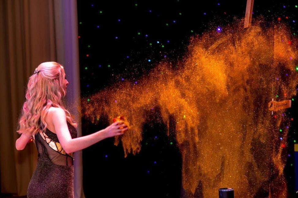 Шоу золотая пыль-min